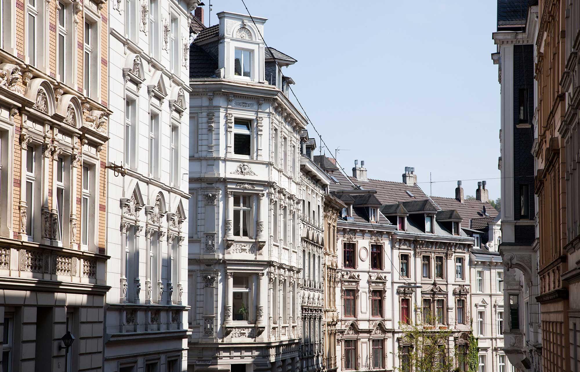 Für schöne Immobilien fragen Sie Daniel von Baum, Immobilienmakler Wuppertal
