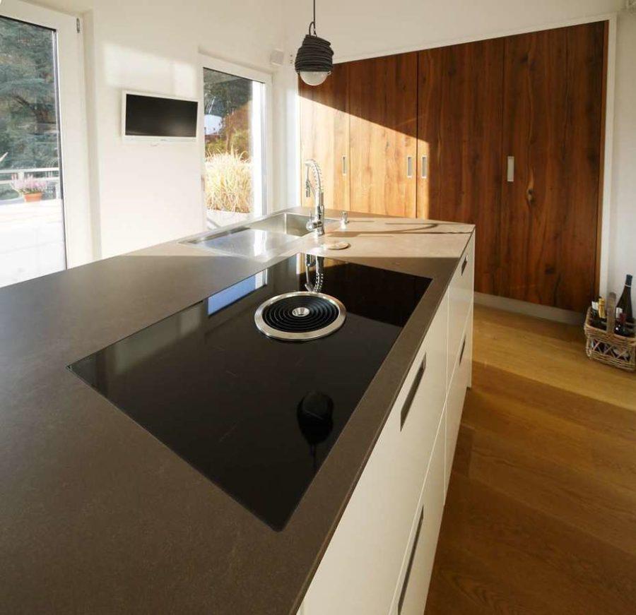Penthouse in priviligierter Wohn- und Sonnenlage! - Küchenblock