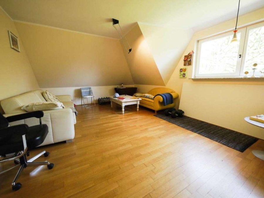 freistehende Ausnahmeimmobilie für Ihre Familie - mit weiterem Baugrundstück! - Kinderzimmer