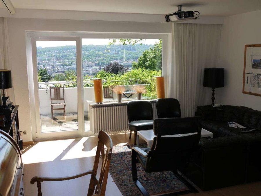 Briller Viertel - mit Blick über Wuppertal - Wohnzimmer