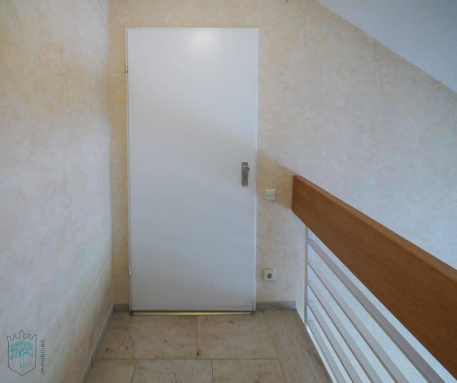 ***Helles Appartement mit herrlicher Aussicht - Eingang Wohnung