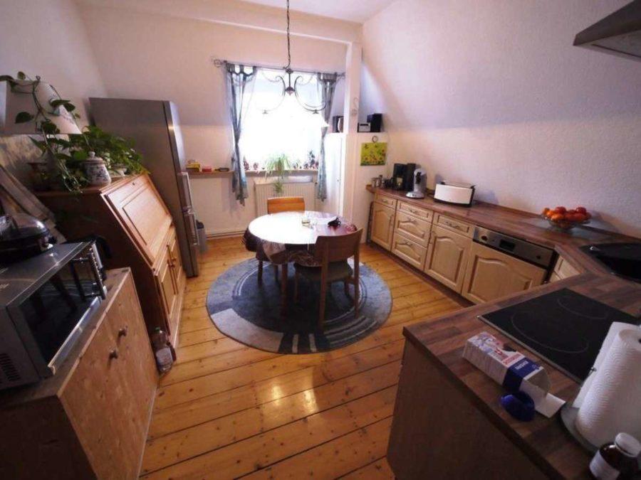 *** Dreifamilienhaus mit Renditesteigerungs-Potenzial - DG-Küche
